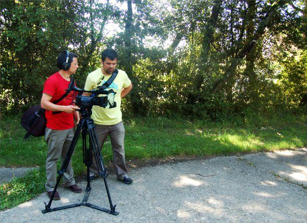 Pierre et Hervé Bonnet en tournage au Parc de l'Ermitage