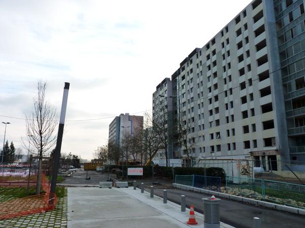 L'esplanade des libertés, côté avenue de la Libération