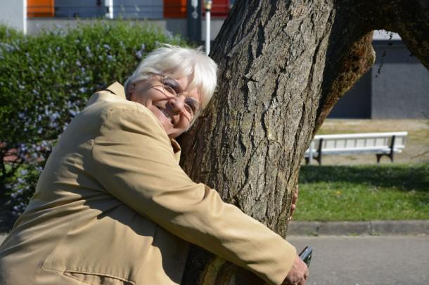 Monique et son arbre au Bois fleuri / Blog Rive Droite